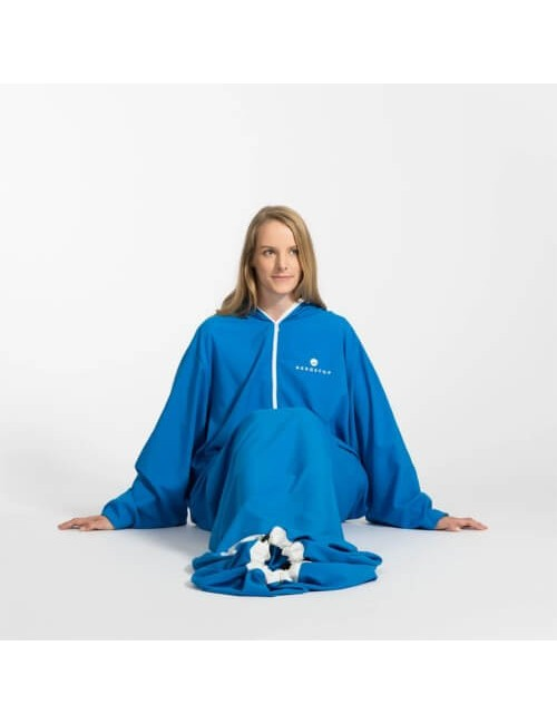 Bergstop inside the sleeping bag and dressing gown in a Microliner - Blue